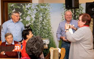die Vorsitzende bedankte sich bei Anton Lechermann und Andreas Meyer