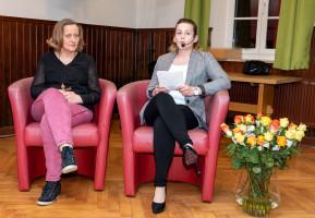 Die Moderation Juso-Vorsitzende Stefanie Schmid