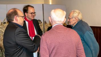mit im Bild ältestes Köschinger SPD Mitglied Thomas Mayerhofer